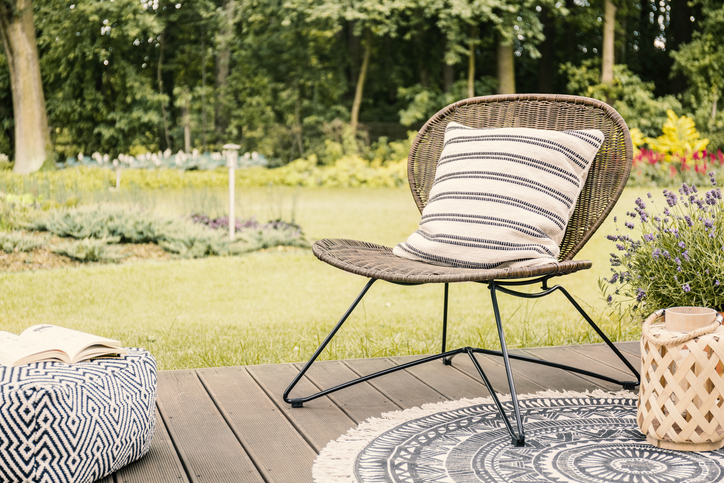 Ways to Add Rugs to Your Outdoor Patio